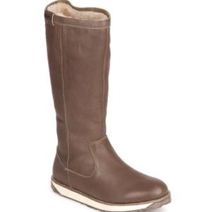 EMU Leeville Brown Leather & Sheepskin Tall Boot